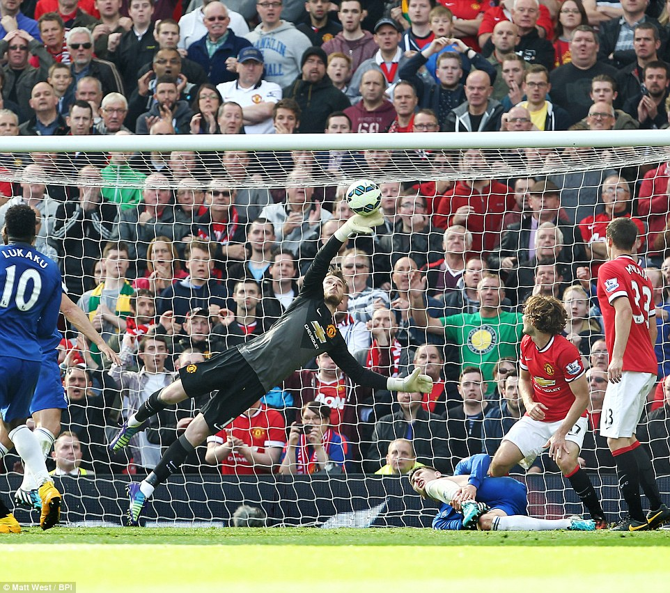 De Gea save against Everton